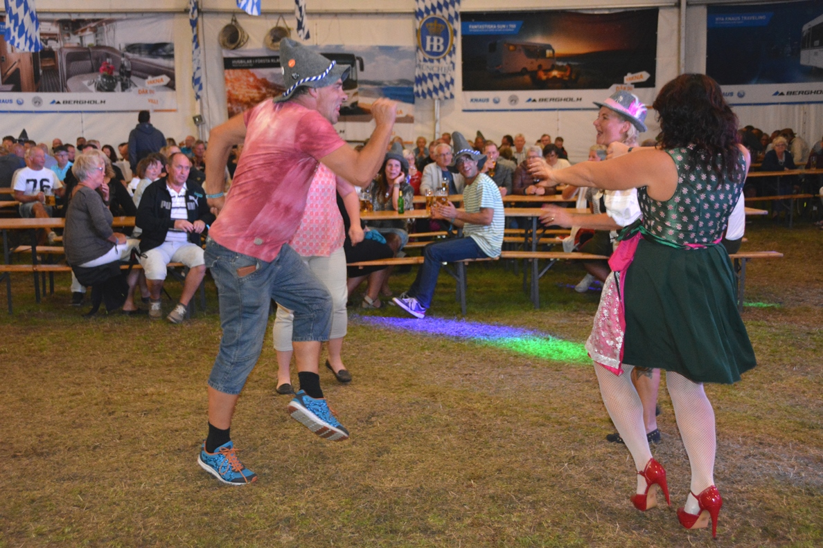 Fest på Elmia Husvagn Husbil
