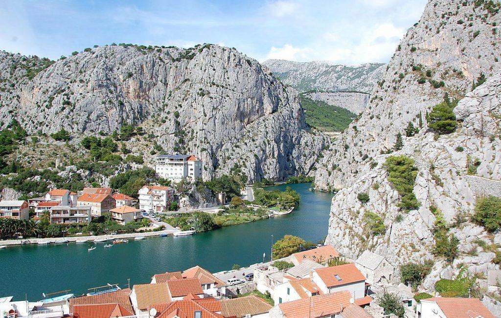 Omiš i Kroatien