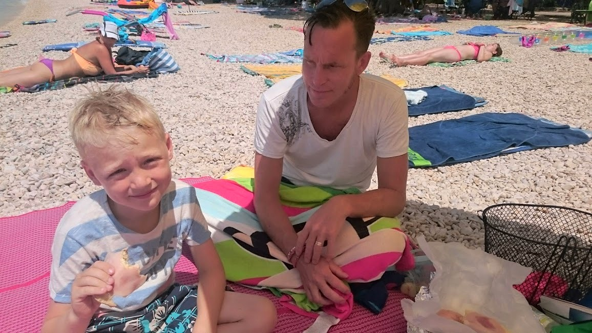 Stranden på camping Strasko