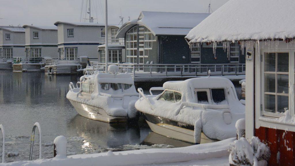 båtar vinter