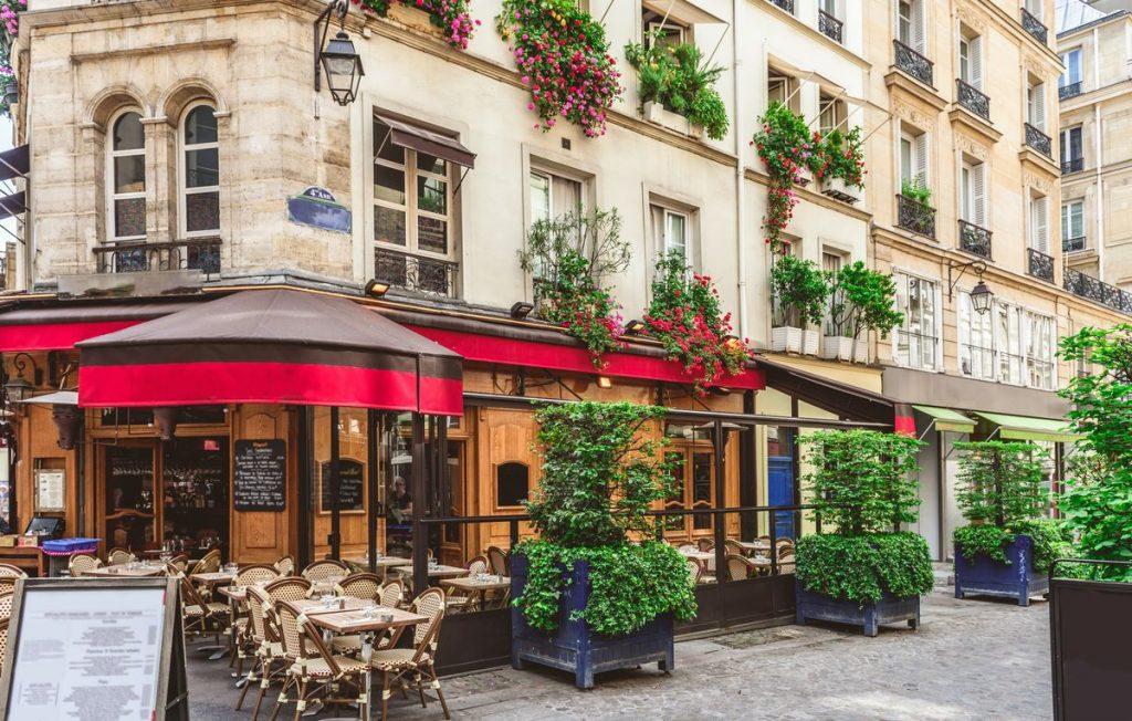 Paris är hett i sommar