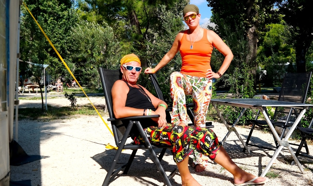 Vi lever hippieliv under vår Europa runt-resa i husbilen