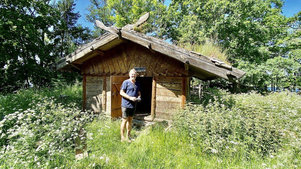 Peter vid Vikingabyn Storholmen
