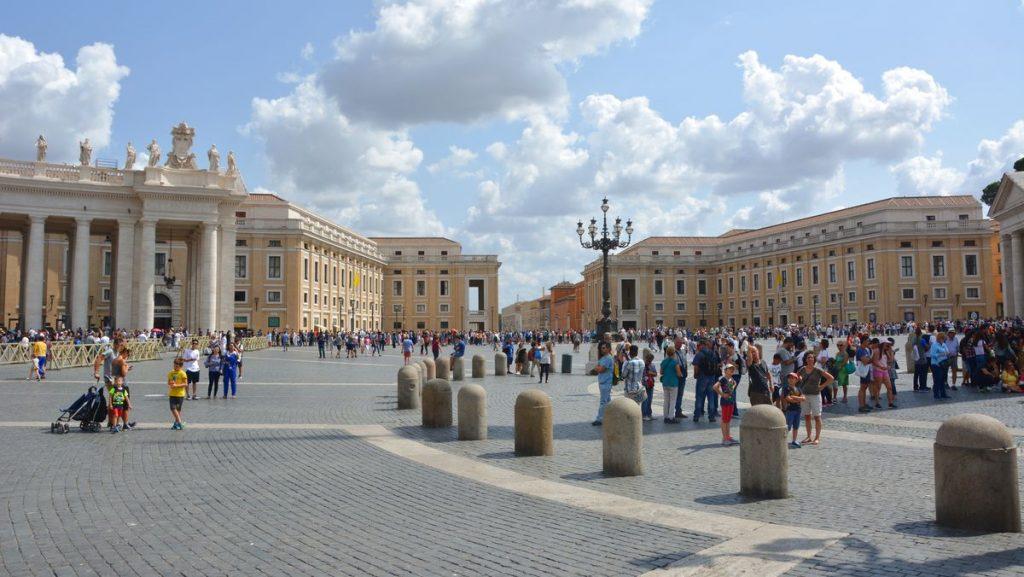 Petersplatsen i världens minsta land
