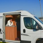 Laga mat på två plattor – att bo i liten husbil