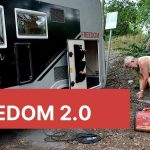 Ladda husbilens batterier, städa och fixa belysning