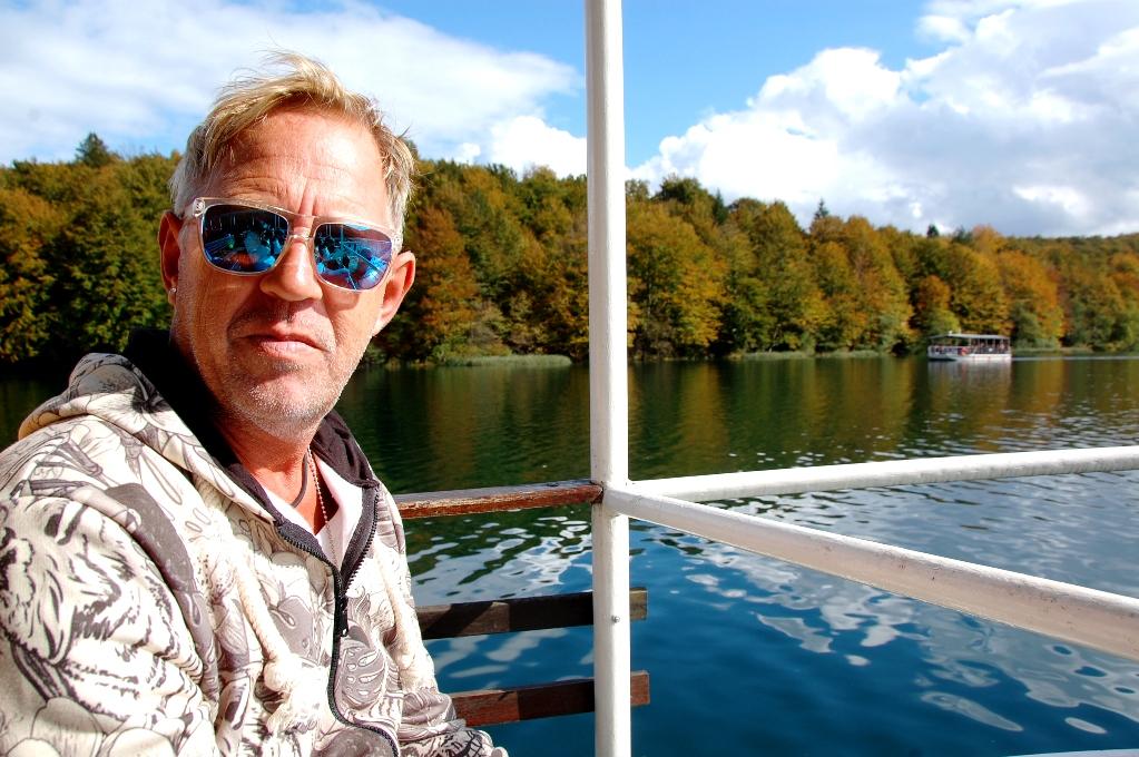 Båt på Plitvicesjöarna i Kroatien