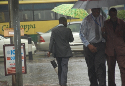 Regn på Nairobis gator