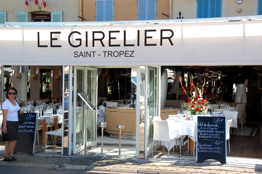 Restaurangerna ser exklusiva ut och här kostar en enda lunchrätt 17 euro