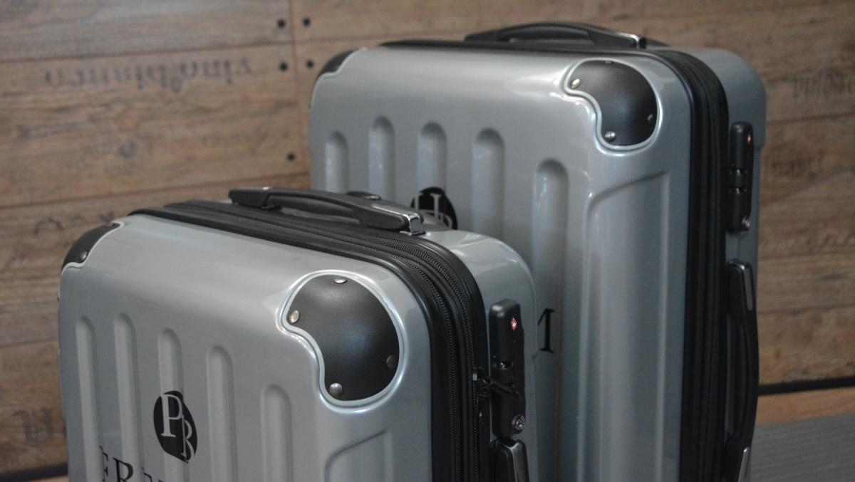 Resväskor med lås