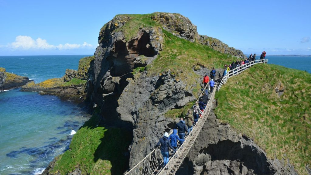 Dramatisk repbro i Nordirland: Carrick-a-Rede