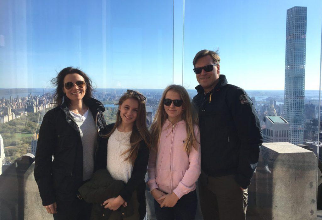 Rosita Lincoln med mannen och de två äldsta barnen i New York 2016