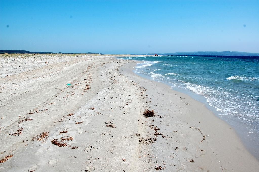 Stranden vid Punta S'Alida på Sardinien
