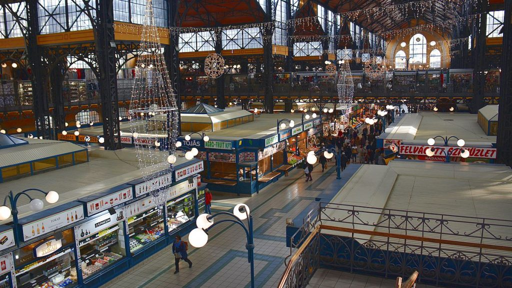 Shopping i Budapest - saluhallen