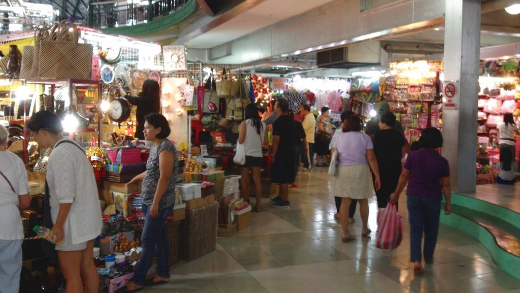 Shopping Manila
