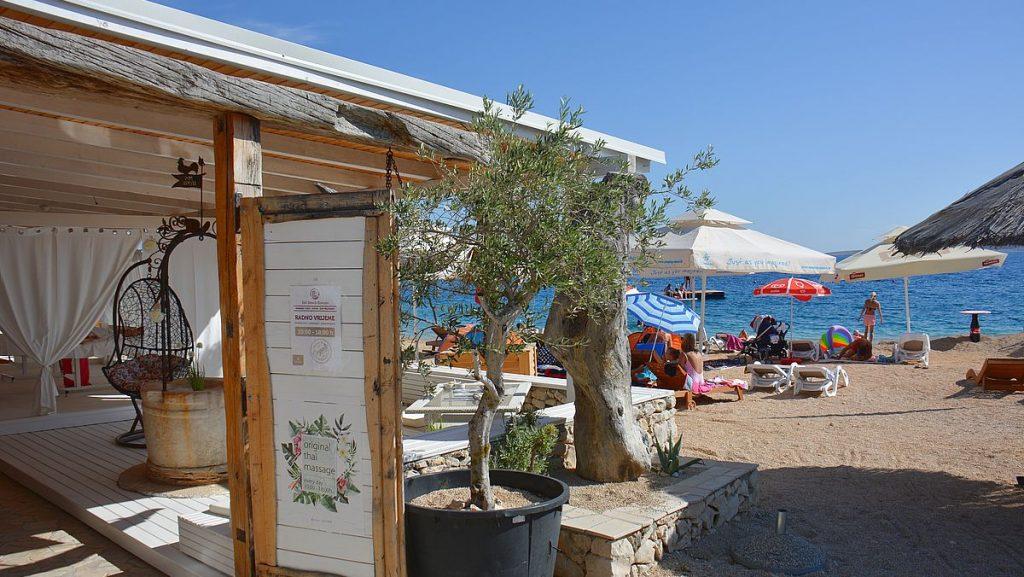Massagetält på Camping Simuni