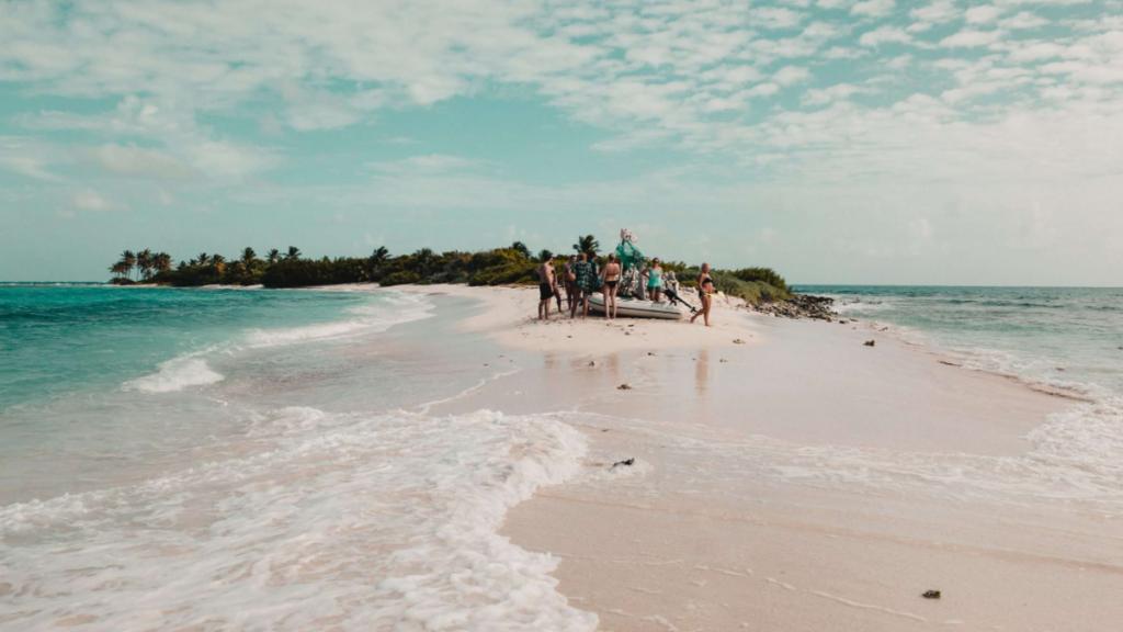 Åka på seglingsresa i Karibien