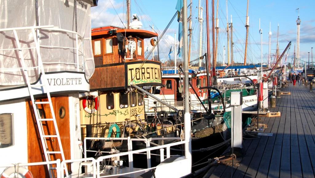 Sommar i Stockholm: Skeppsholmen båtar