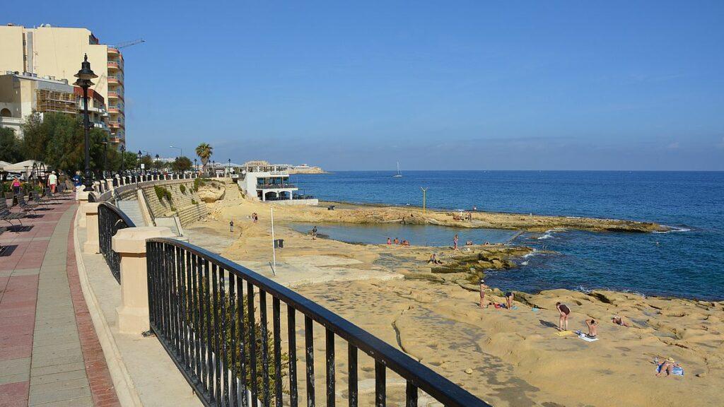 Strandpromenaden i Sliema