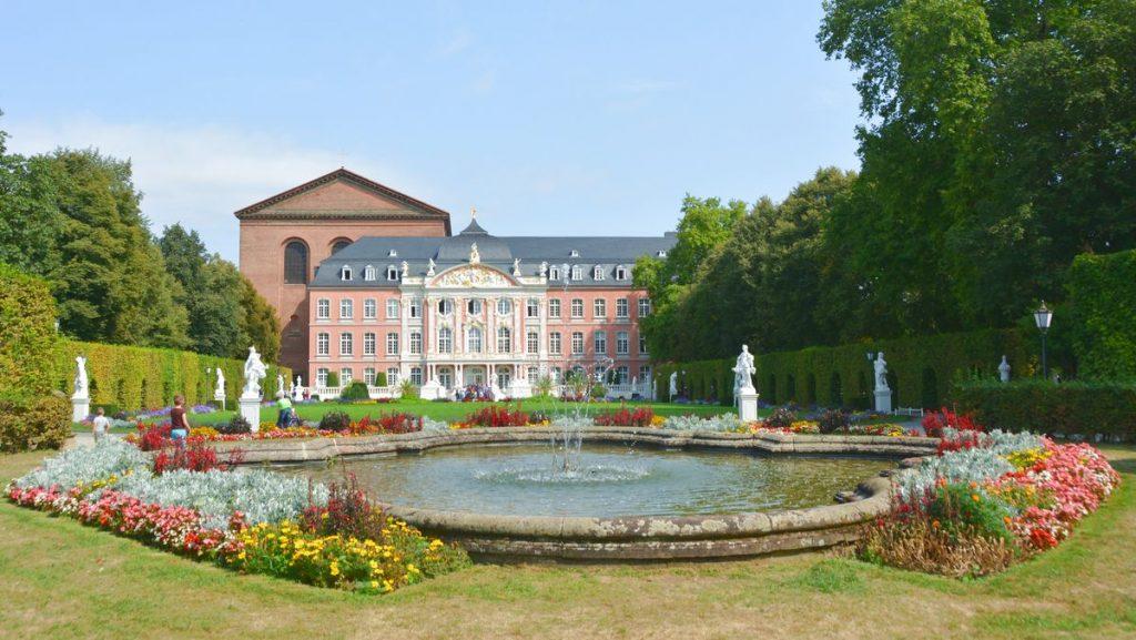 Slottsträdgård Trier