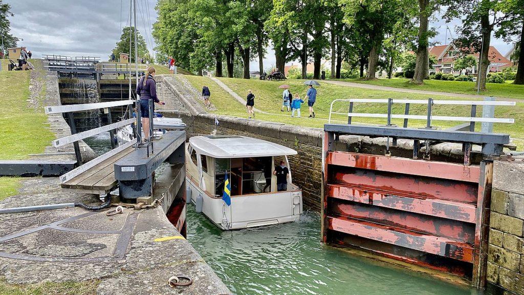 Göta kanal med husbil - Bergs slussar