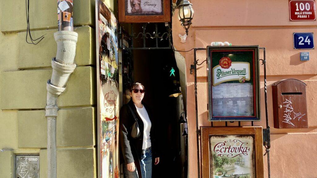 Göra i Prag - smalaste gatan