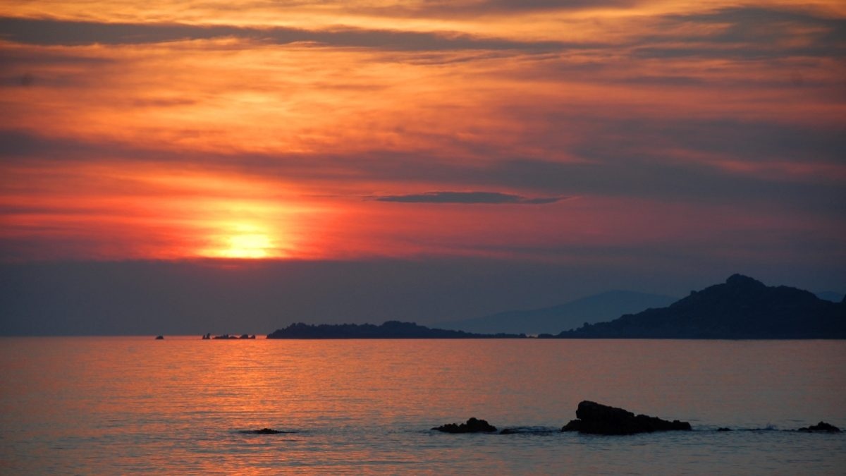 Solnedgång Korsika