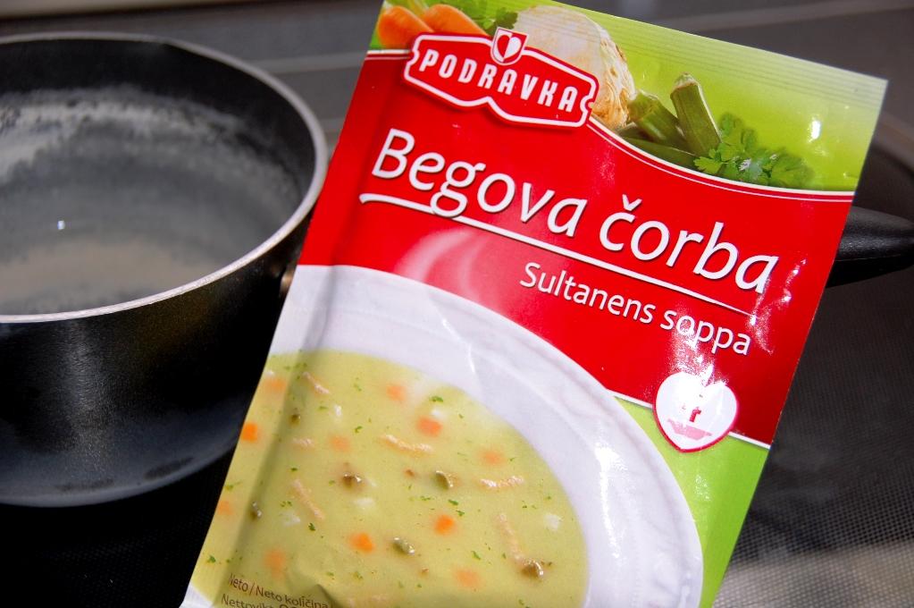 Ibland är det svårt att förstå vad som är i paketen, och ibland finns det översättning! Men å andra sidan - vad är Sultanens soppa...?