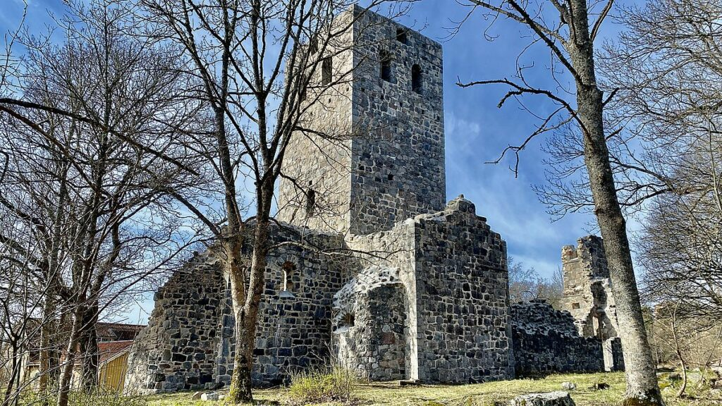 St Pers ruin Sigtuna