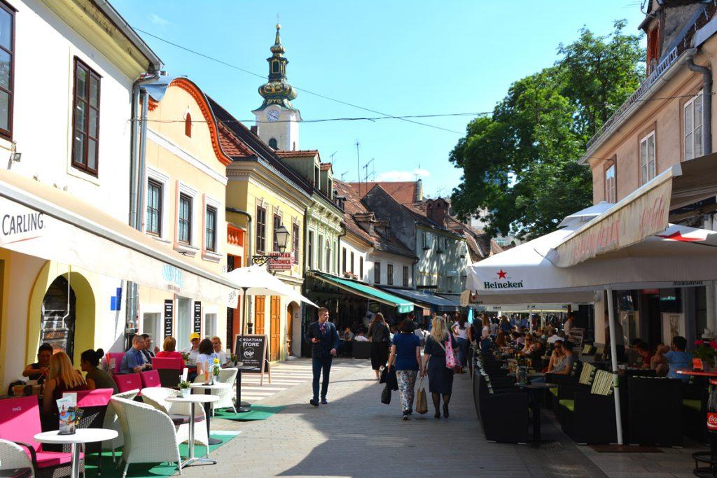Gågata med restauranger i Zagreb