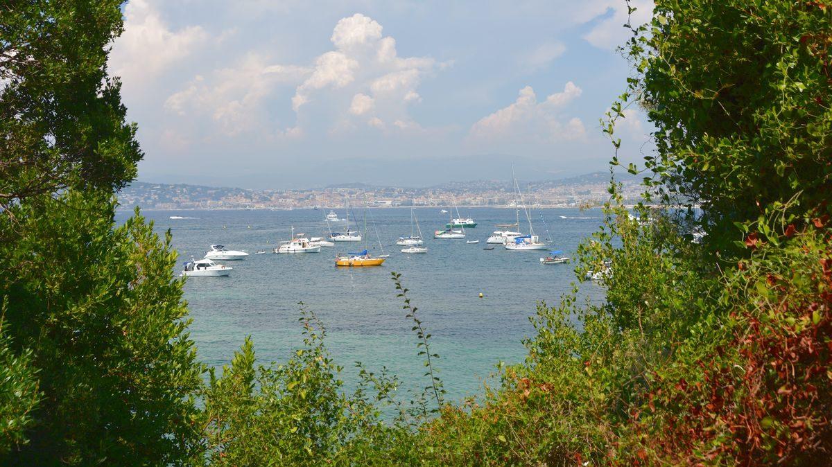 Ste Marguerite Island vid Frankrikes riviera