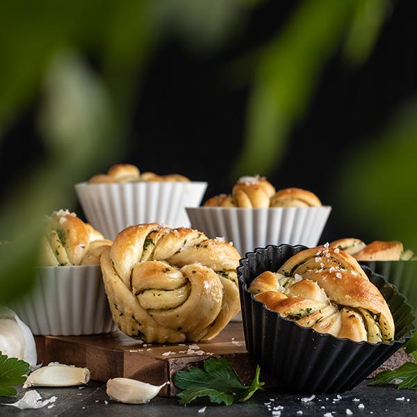 Stora muffinsformar svart vit