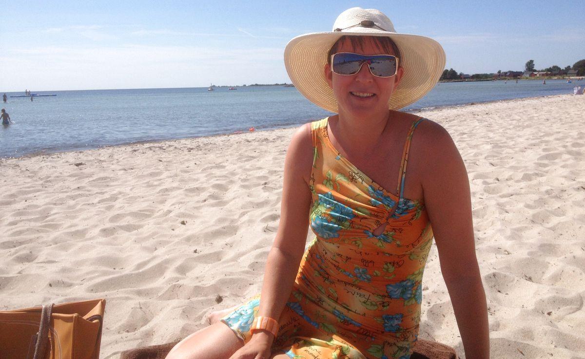 Helena på stranden