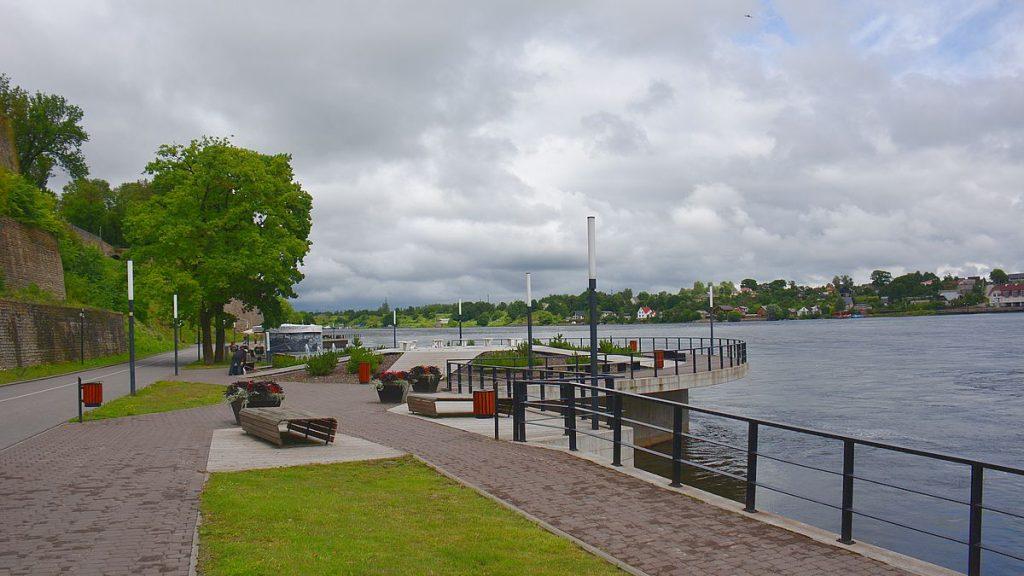 Flodpromenaden i Narva