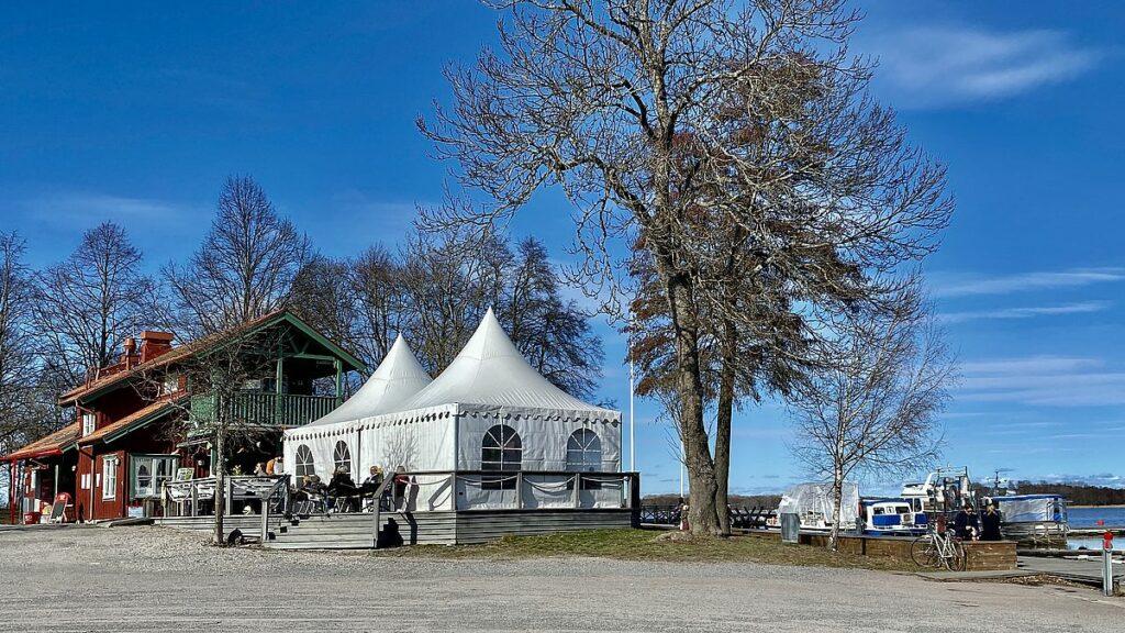 Sundbyholms slott och gästhamn