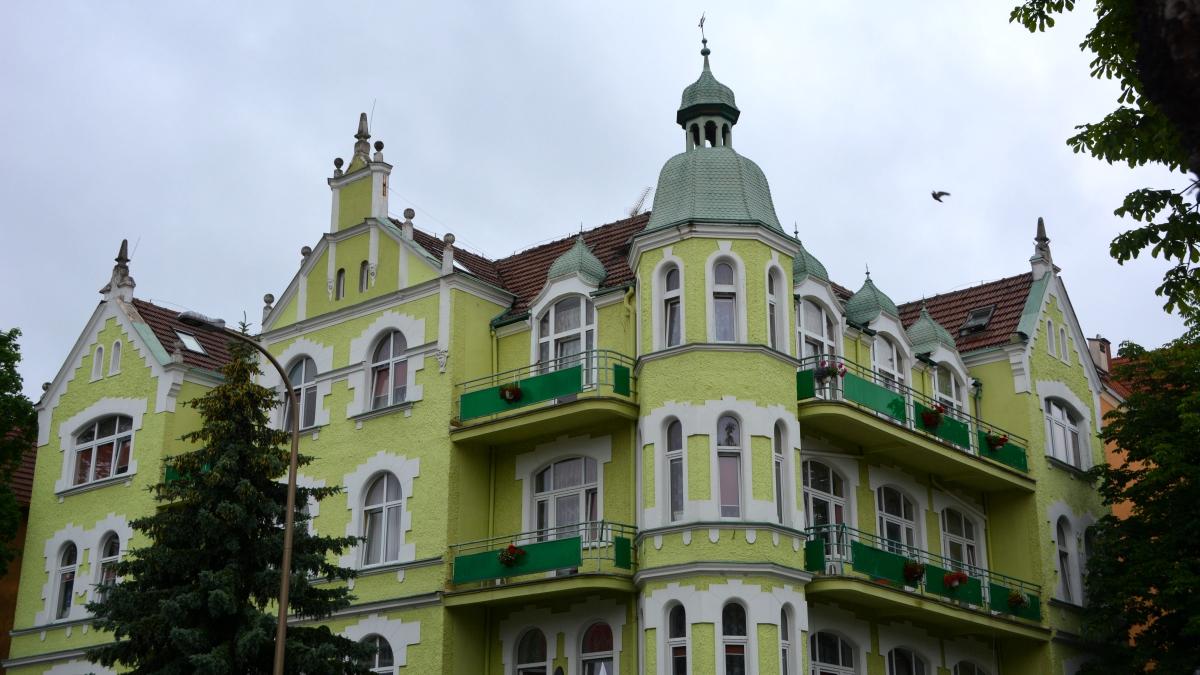 Vackert hus i Swinojscie-Polen
