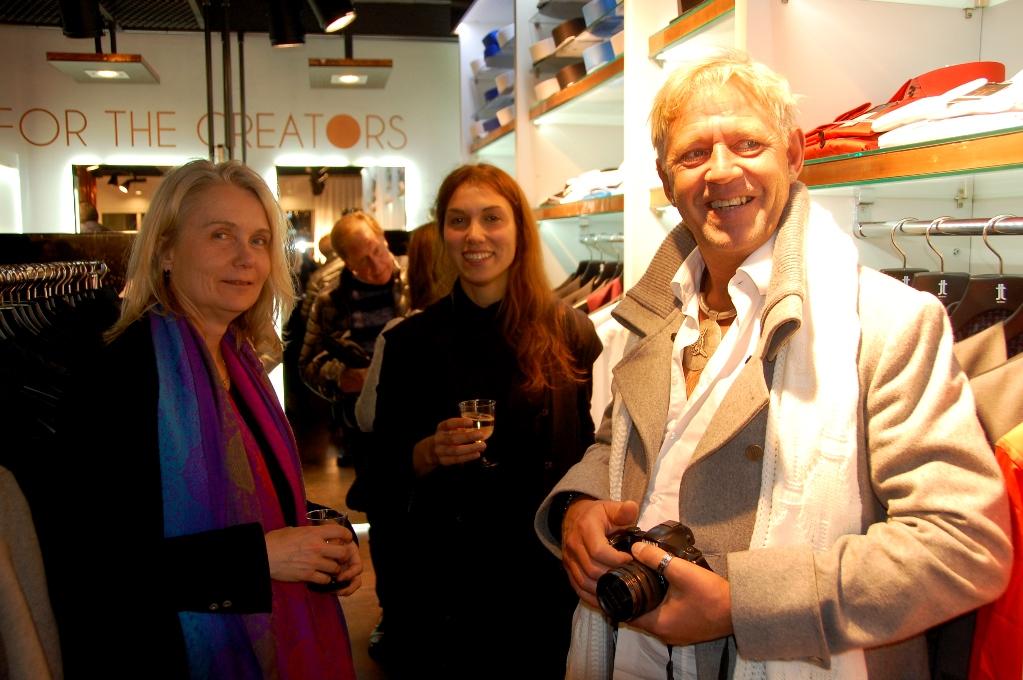 Peter tillsammans med Feyo Taraccis fru och ena dotter