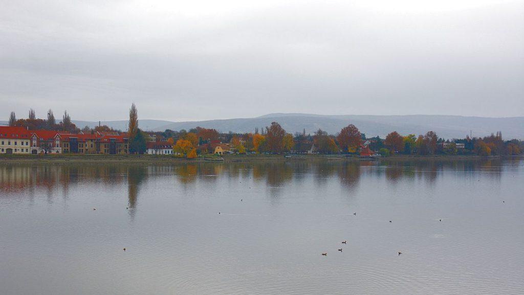 Sjön Öreg i Tata i Ungern