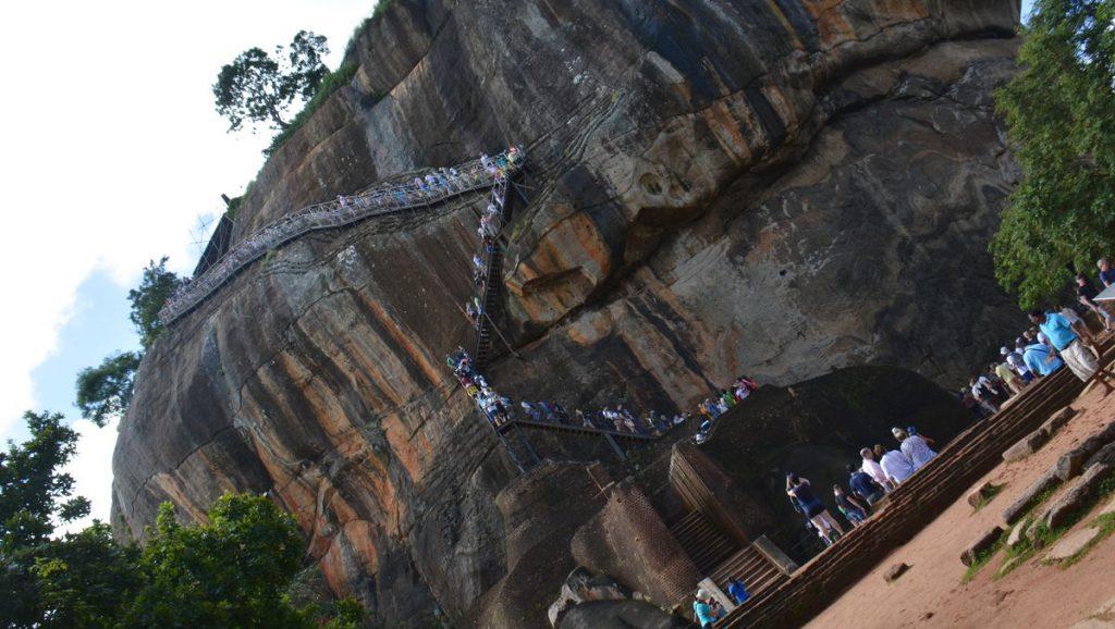 Att bestiga Sigiriya