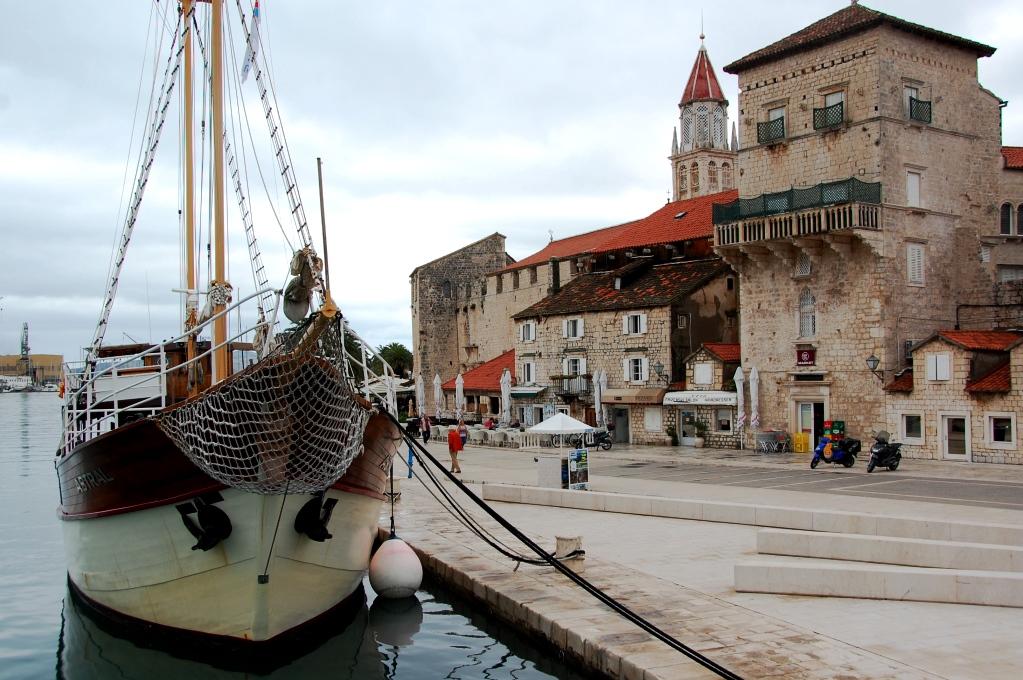 Trogir är en charmig medeltidsstad
