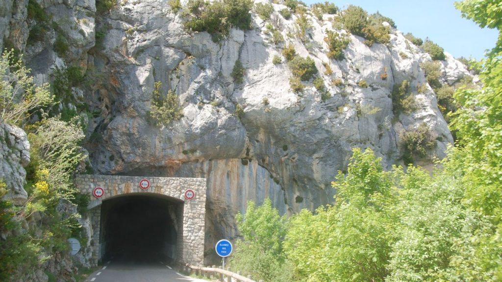 Tunnel Verdon