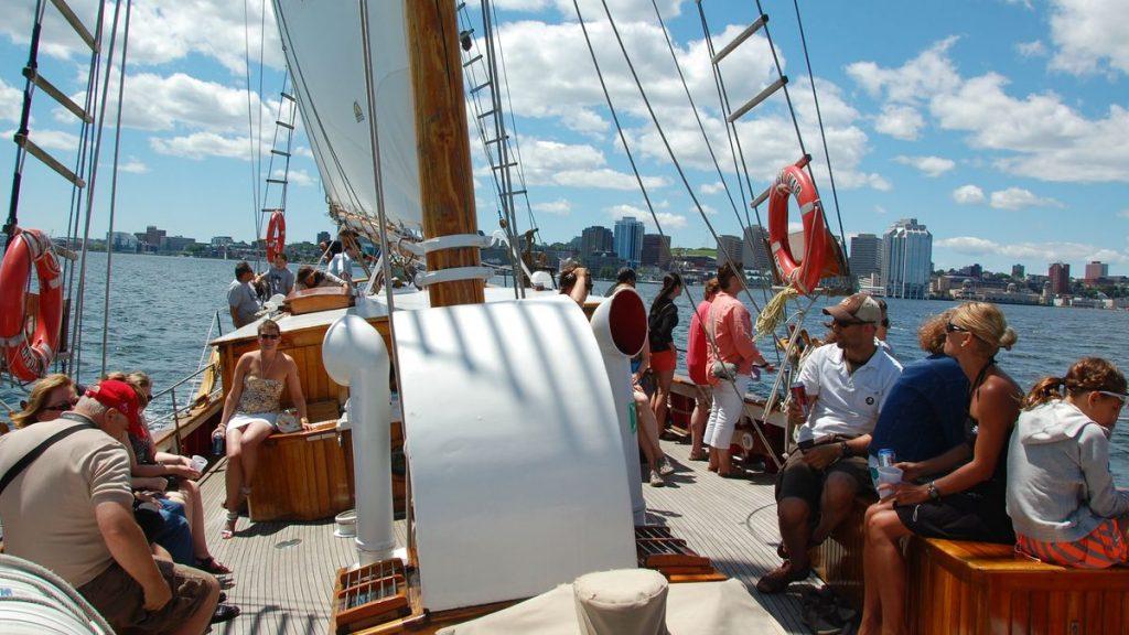 Tur med segelbåt Halifax