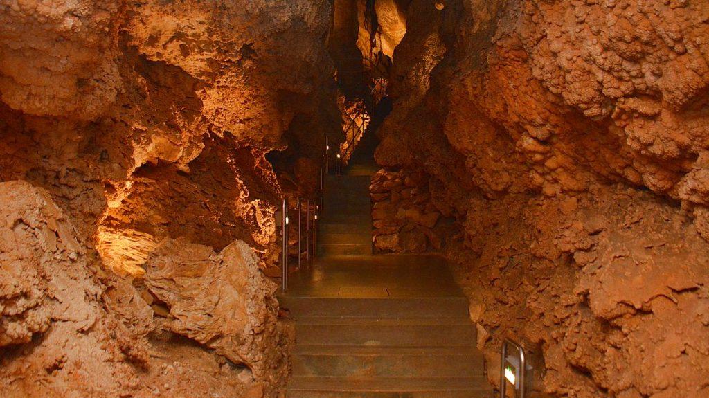 Sevärdheter i Ungern - grottor