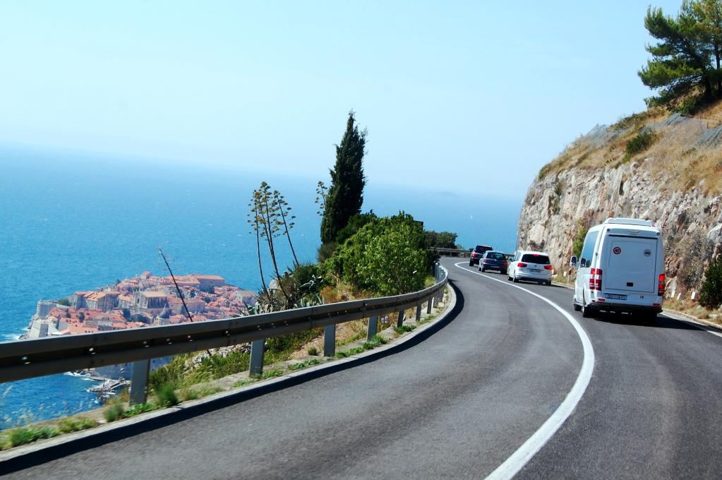 De stora vägarna i Kroatien håller utmärkt kvalitet