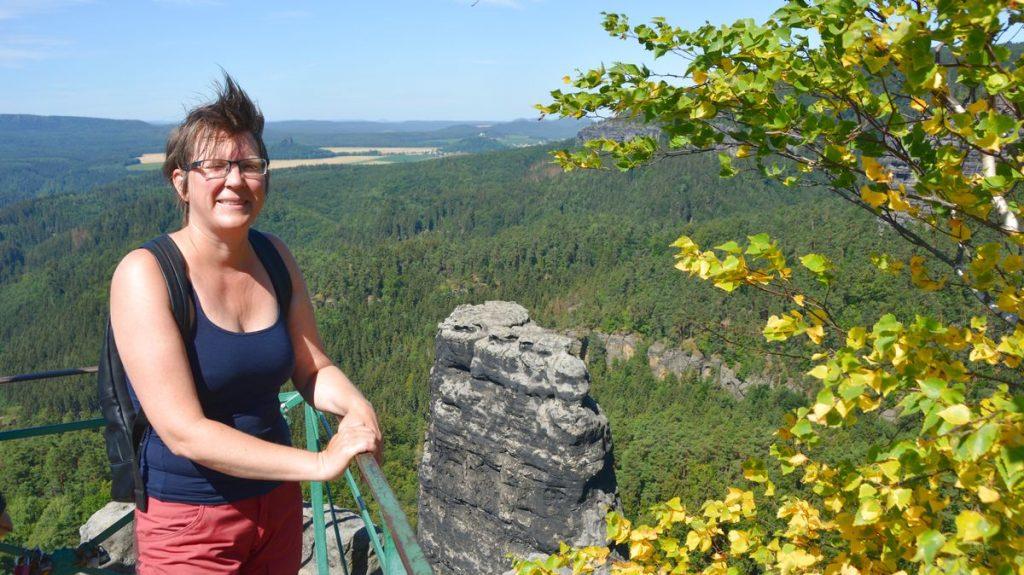 På en av utsiktsplatserna vid Pravcicka Brana