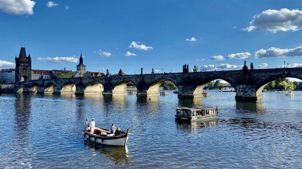 Göra i Prag - åk en båttur
