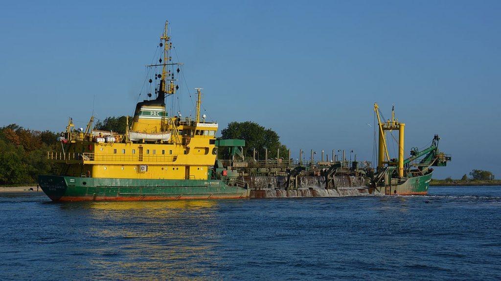 fartyg vid Swinoujscie