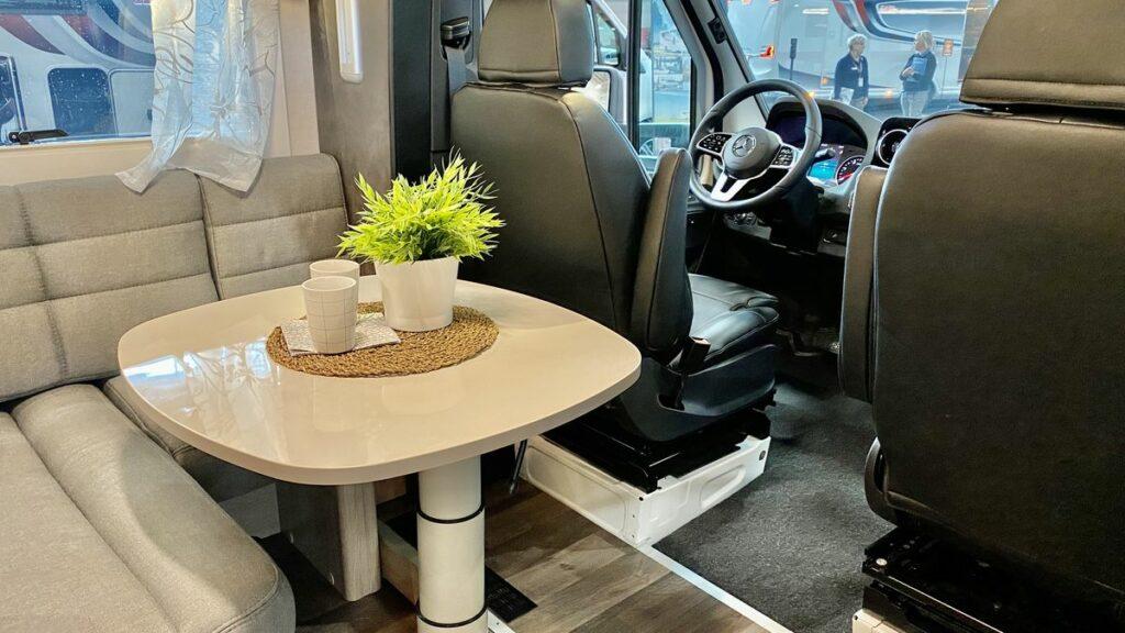 husbilar 2021 - Kabe Royal