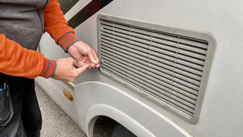 Husbilens kylskåp går inte på gasol - dags att försöka lösa problemet