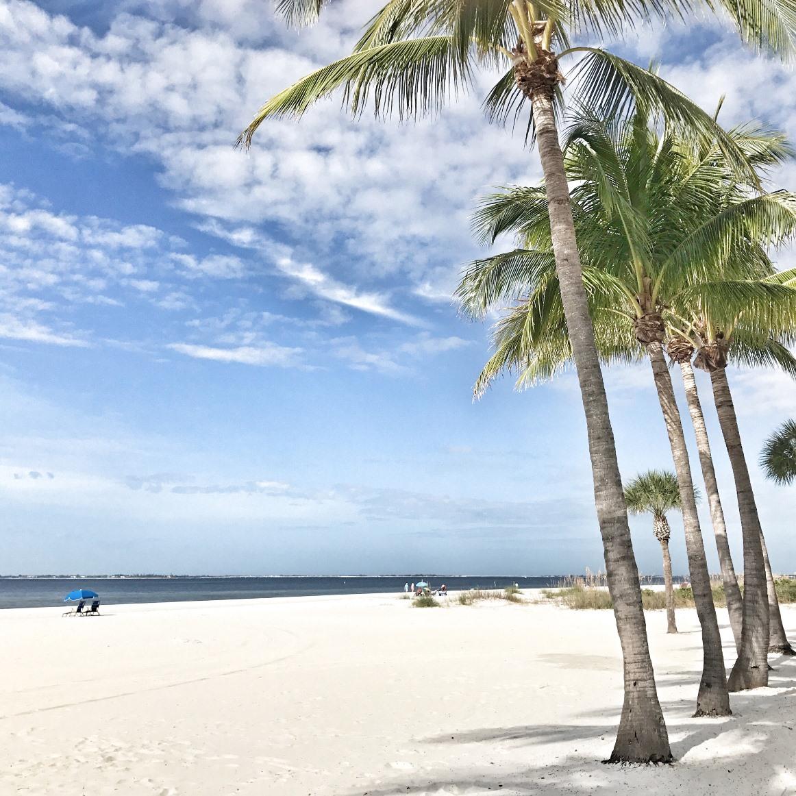 Ett foto från en av Christians senaste resor – Fort Meyers beach på Floridas västkust